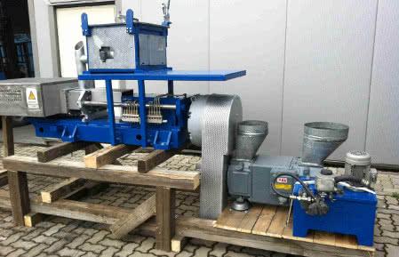 Gebrauchte maschinen kunststoffverarbeitung